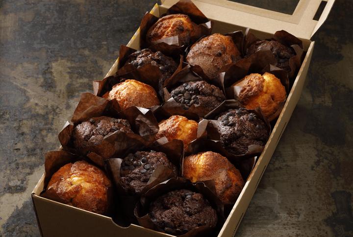 Sweet box (čokoláda, sezónne ovocie)